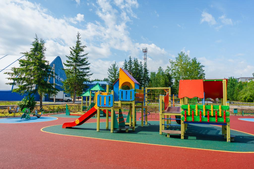 Спортивная площадка в парке Кирова